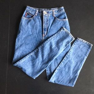Vintage high-waisted jeans